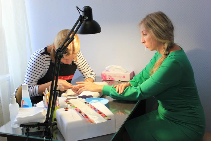 Вы просматриваете изображения у материала: Гелевый маникюр в салоне красоты Стрекоза, Проверено на себе